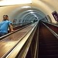 長度極長的地鐵電扶梯