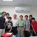 感謝交通大學理學院盧鴻興院長