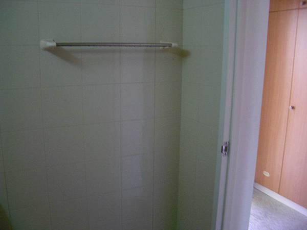 涵二浴室的架子