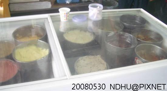 20080530_豐春冰菓店冰淇淋櫃