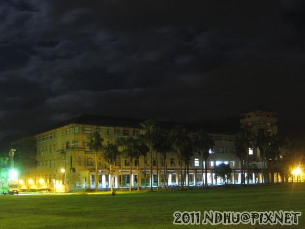 20110611_畢業典禮-夜景-文學院