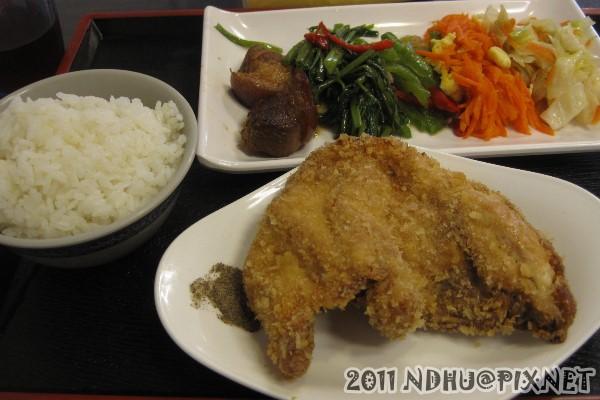 20111020_65餐坊_炸雞排80元