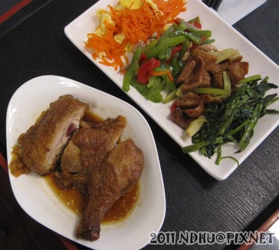 20111020_65餐坊_滷雞腿80元
