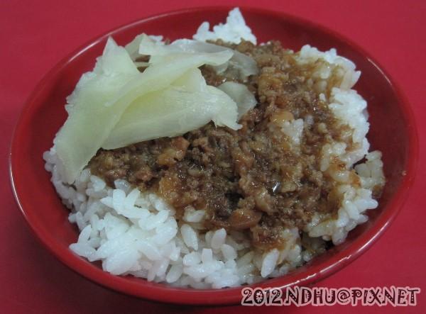 20120101_台九線土虱_肉燥飯(小)20元