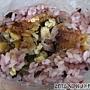 20120508_御飯團_紫米綜合飯糰30元截面