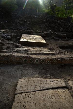 cape-verde-tombstones
