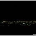遠來看夜景,不只是看城市,也看天空