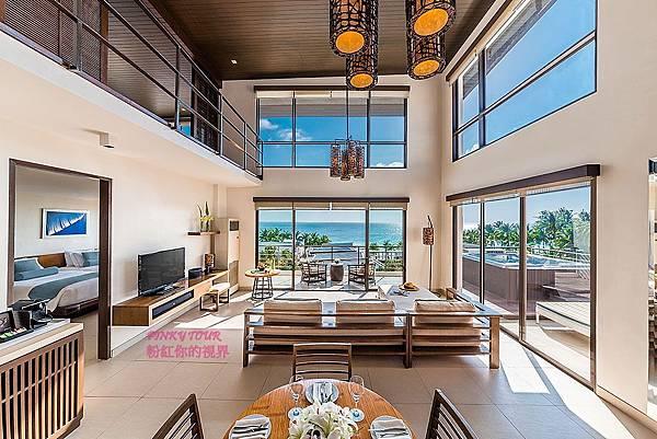 2-Bedroom-Suite-Premier_living-room2.jpg