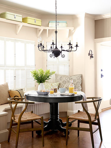 01-deep-in-the-heart-of-texas-dining-room-0913-lgn-GRkxUU-16352468