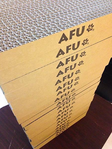 AFU貓抓板1