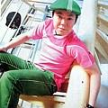 clip!2005年5月號。真是鮮艷的衣服!我發現阿部桑愛戴帽子