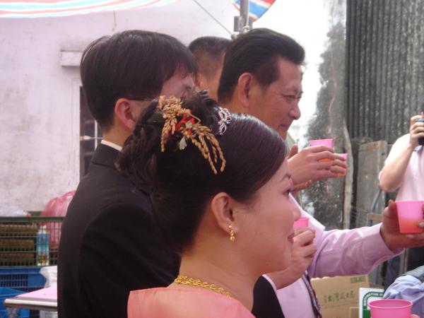 新娘的稻穗髮飾
