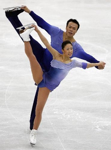 雙人滑冰需要絕佳的默契