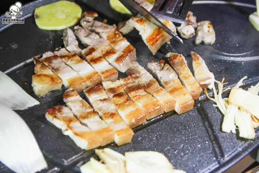 油蔥酥韓國烤肉村 韓國料理 韓式烤肉 泡菜鍋-23.jpg