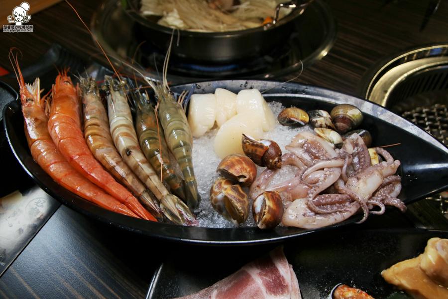 好客燒肉 高雄獨家 南部獨家 新光三越 高雄燒肉 海鮮吃到飽 蝦子吃到飽-0007.jpg