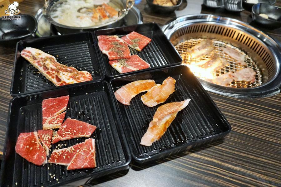 好客燒肉 高雄獨家 南部獨家 新光三越 高雄燒肉 海鮮吃到飽 蝦子吃到飽-02214.jpg