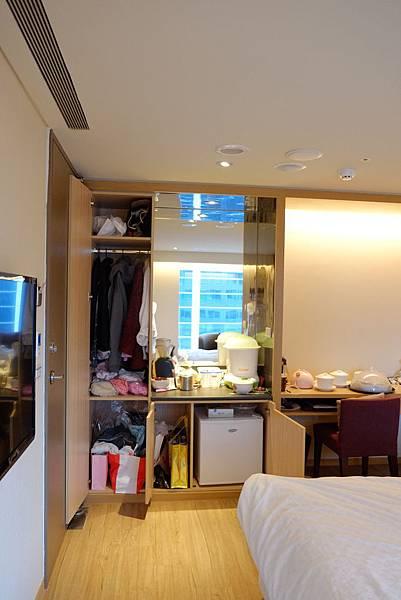 room 617 7.JPG