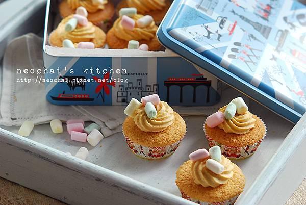 焦糖海綿杯子蛋糕-成品-4