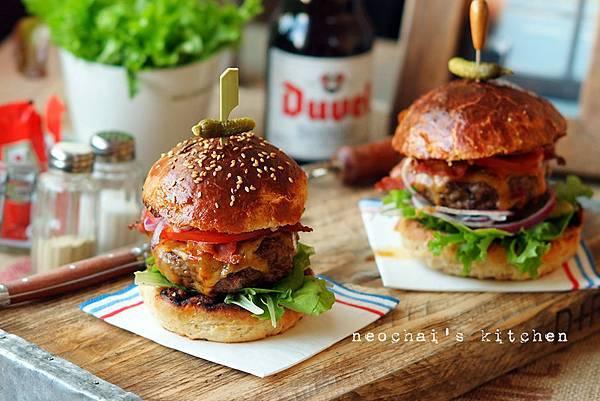 牛肉漢堡-成品-6 copy.jpg