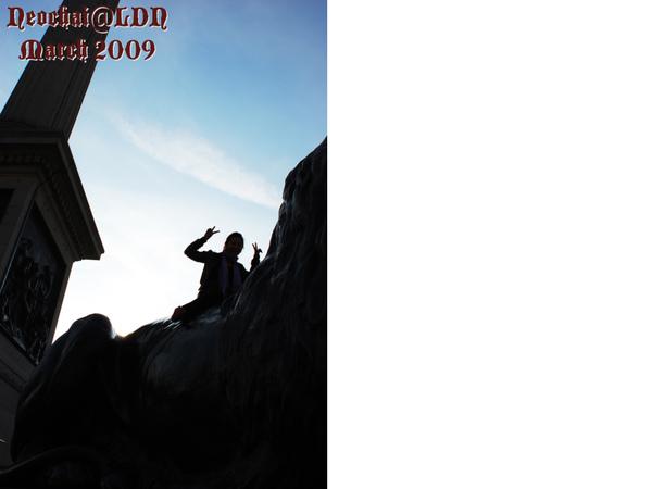 Trafagar square lion clambing-3.jpg