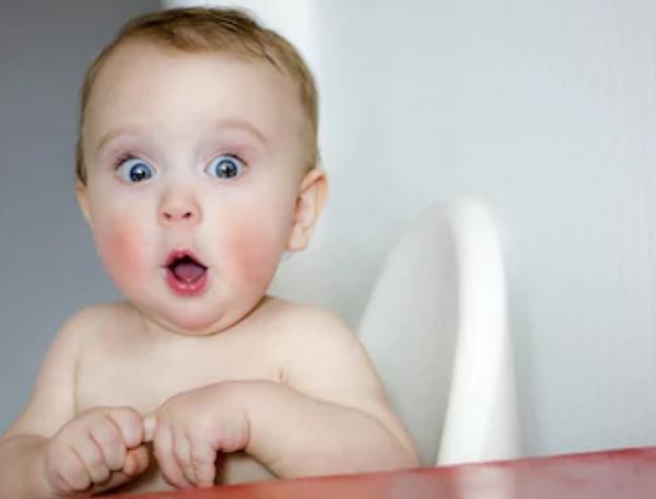 寶寶打嗝打個不停,怎麼辦?