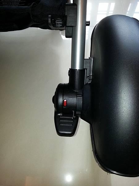 10 tire-brake red