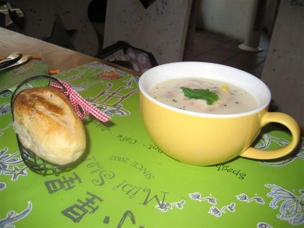 濃湯和麵包