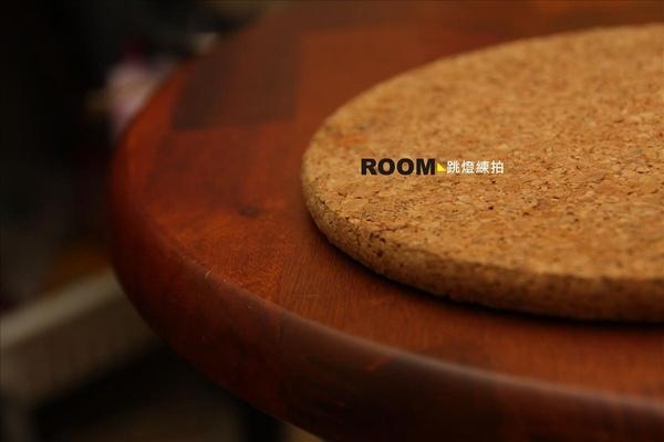 房間小桌~