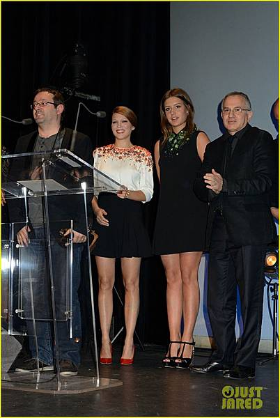adele-exarchopoulos-lea-seydoux-les-lumieres-awards-02