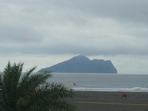 從窗外看到龜山島