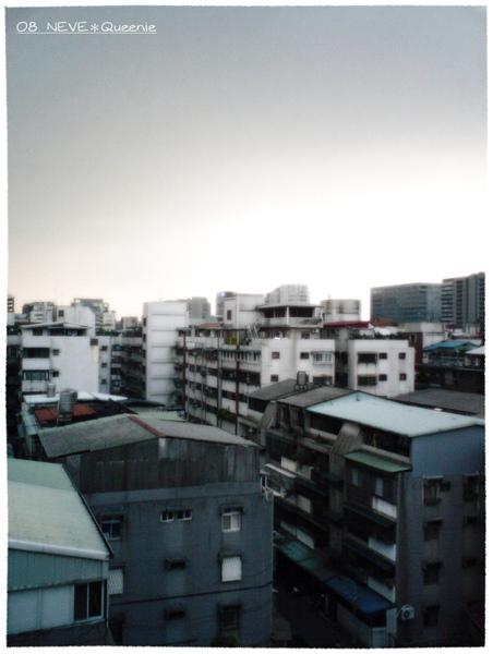 六樓往外看