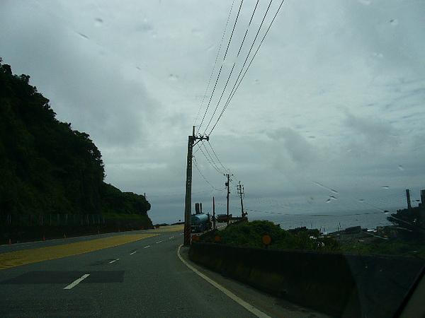 坐在副駕駛座拍的濱海公路
