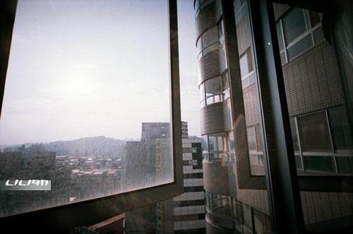 窗外的太陽