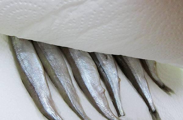 醬燒柳葉魚-01