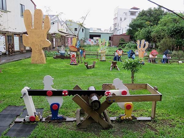 2082台中市大里區老樹根魔法木工坊