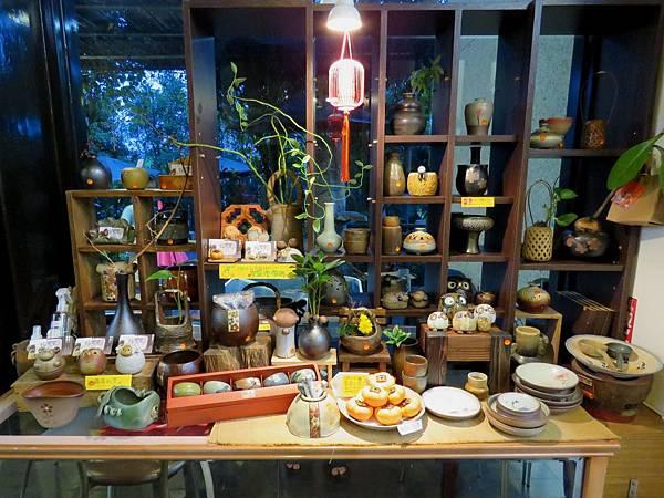 2086台中市潭子區陶樂里庭園蔬食
