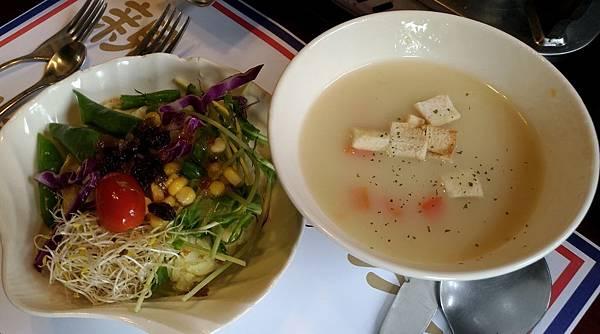 1101屏東縣屏東市麗貞館軍事主題餐廳
