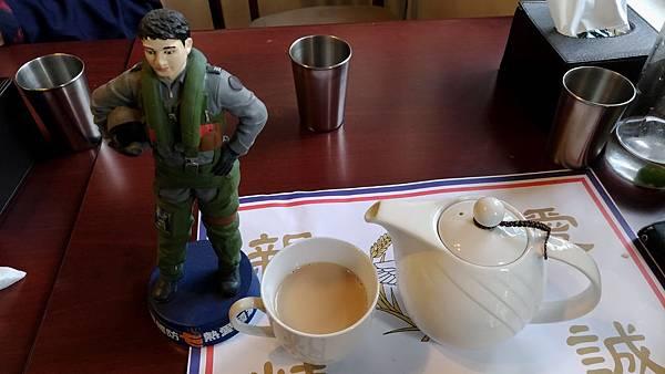 1106屏東縣屏東市麗貞館軍事主題餐廳