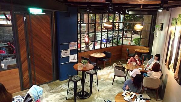 2353台中市西區hecho做咖啡