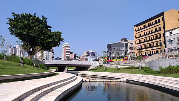 2459台中市西區柳川