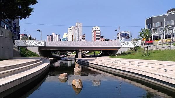 2460台中市西區柳川