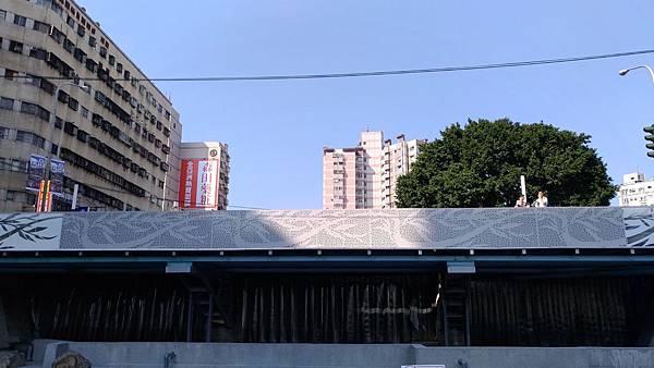 2464台中市西區柳川