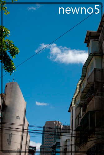 cloud02.jpg