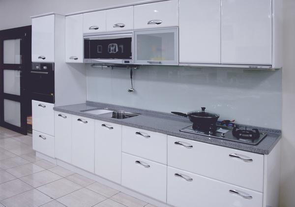 新屋廚具-一字型006.jpg
