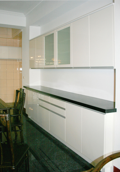 新屋廚具-餐邊櫃001.jpg