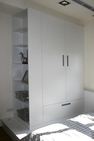 新屋系統衣櫃030.jpg