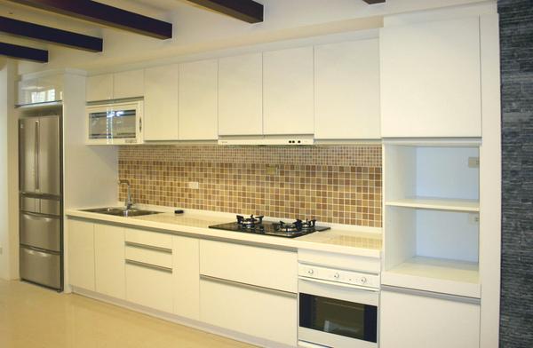 新屋廚具-一字型004.jpg