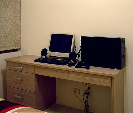 新屋系統書櫃書桌026.JPG