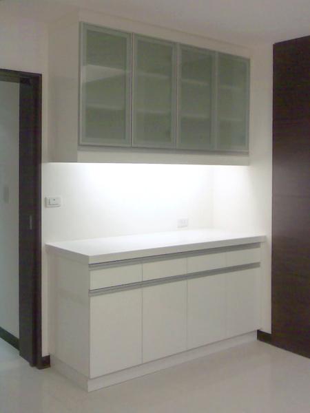 新屋廚具-餐邊櫃003.jpg