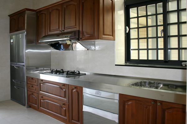 新屋廚具-一字型002.jpg